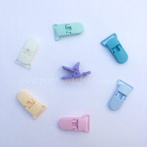 Clips de plástico para chupeteros grandes